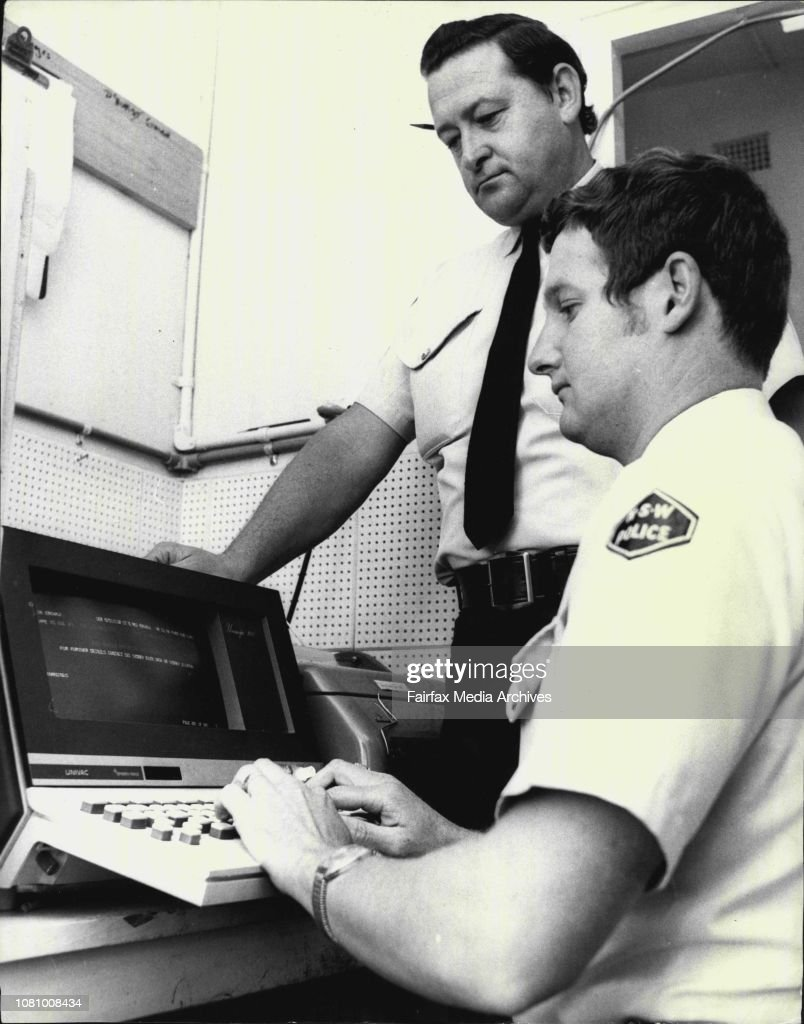 UNIVAC-100 in action (GETTY IMAGES)