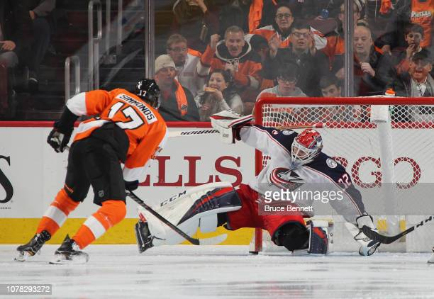 Sergei Bobrovsky of the Columbus Blue Jackets makes the third period save on Wayne Simmonds of the Philadelphia Flyers at the Wells Fargo Center on...
