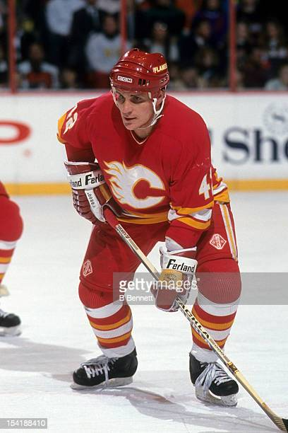 Sergei Makarov of the Calgary Flames waits for the faceoff during an NHL game against the Philadelphia Flyers circa 1990 at the Spectrum in...