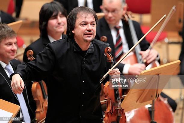 Sergej Alexandrowitsch Krylov gastiert in Begleitung des GürzenichOrchester Köln unter der Leitung des russischen Dirigenten Dmitrij Kitajenko...