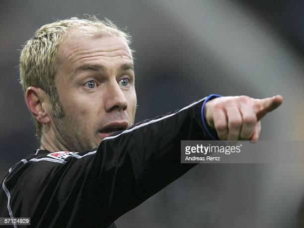 Sergej Barbarez of Hamburg points during the Bundesliga match between VFL Wolfsburg and Hamburger SV at the Volkswagen Arena on March 18, 2006 in...