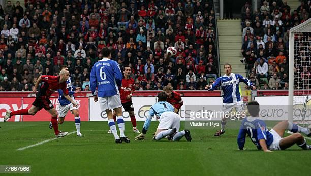 Sergej Barbarez scores the first goal of Leverkusen during the Bundesliga match between Bayer Leverkusen and Arminia Bielefeld at the BayArena on...