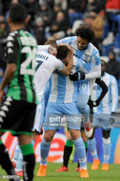 Sergej Milinkovic Savic of SS Lazio celebrates their opening goal with his team mates during the serie A match between US Sassuolo and SS Lazio at...