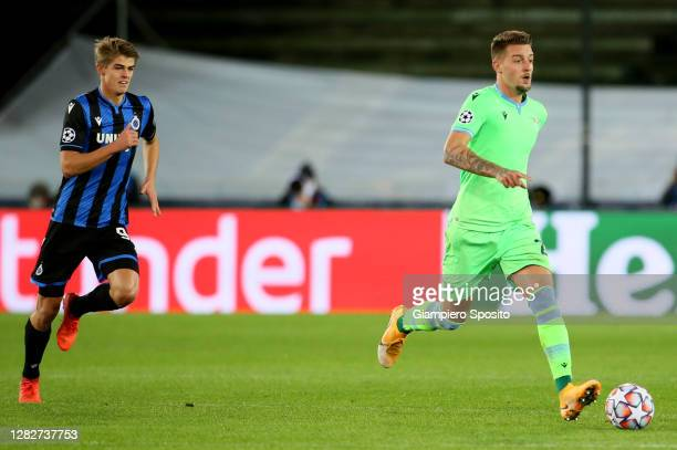 Sergej Milinkovic Savic of SS Lazio contro the ball during the UEFA Champions League Group F stage match between Club Brugge KV and SS Lazio at Jan...