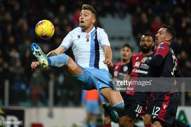 Sergej Milinkovic Savic of SS Lazio controls the ball during the Serie A match between Cagliari Calcio and SS Lazio at Sardegna Arena on December 16...