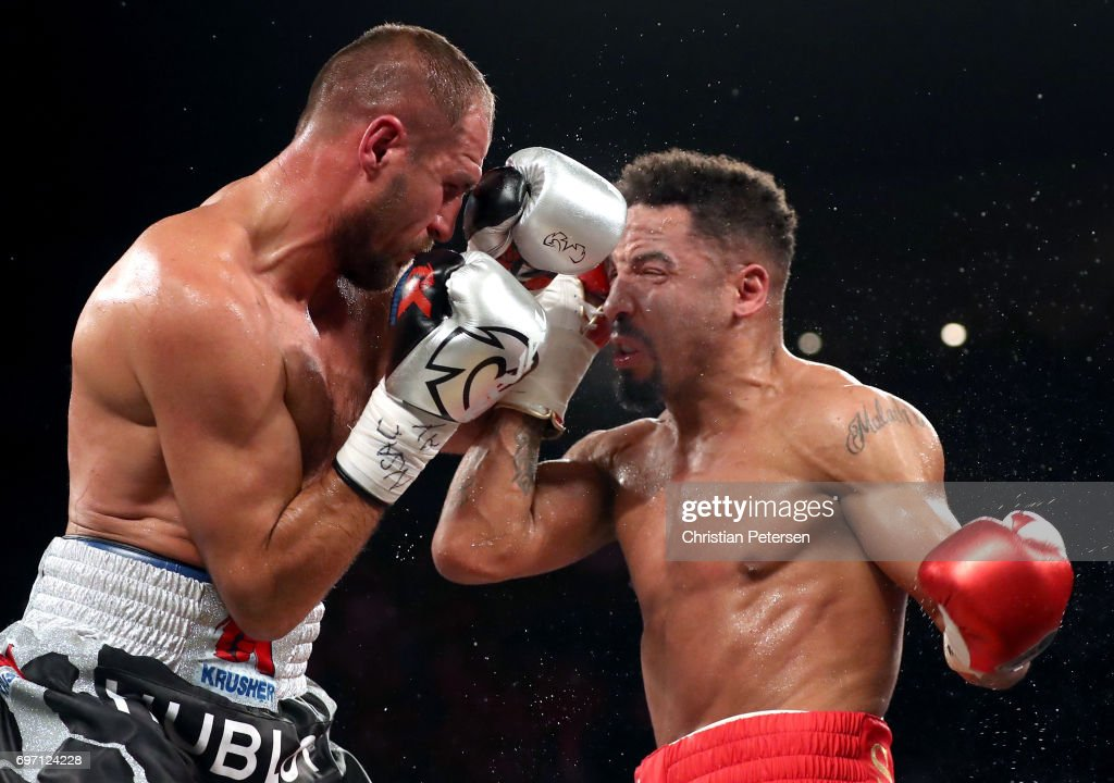 Sergey Kovalev (L) and Andre Ward battle it out during their light heavyweight championship bout at the Mandalay Bay Events Center on June 17, 2017 in Las Vegas, Nevada. Ward retained his WBA/IBF/WBO titles with a TKO in the eighth round.