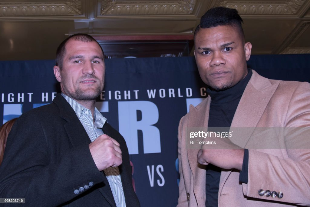 Sergey Kovalev & Eleider Alvarez New York City Press Conference : News Photo