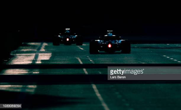 Sergey Sirotkin of Russia driving the Williams Martini Racing FW41 Mercedes on track during practice for the Formula One Grand Prix of Singapore at...