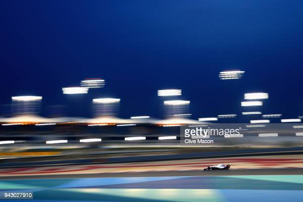 Sergey Sirotkin of Russia driving the Williams Martini Racing FW41 Mercedes on track during qualifying for the Bahrain Formula One Grand Prix at...
