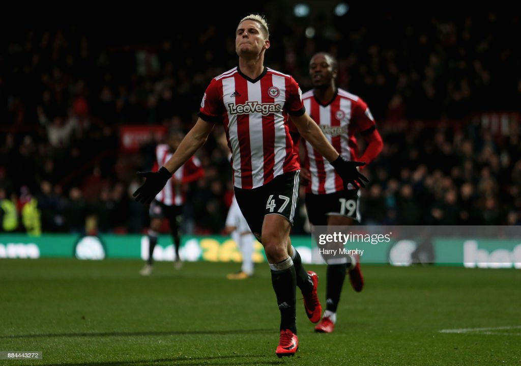 Sergi Canos of Brentford celebrates scoring his sides first goal during the Sky Bet Championship match between Brentford and Fulham at Griffin Park on December 2, 2017 in Brentford, England.