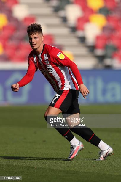 Sergi Canos of Brentford during the Sky Bet Championship match between Brentford and Huddersfield Town at Brentford Community Stadium on September...