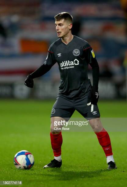 Sergi Canos of Brentford during the Sky Bet Championship match between Queens Park Rangers and Brentford at The Kiyan Prince Foundation Stadium on...