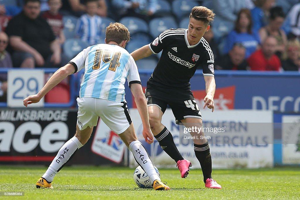 Huddersfield Town v Brentford - Sky Bet Championship : News Photo