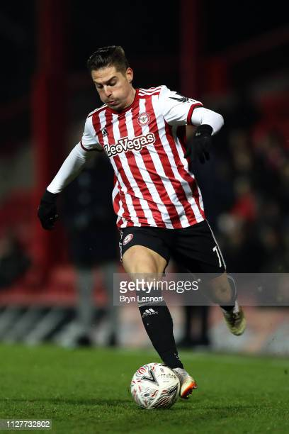 Sergi Canos of Brentford in action during the FA Cup Fourth Round Replay match between Brentford and Barnet at Griffin Park on February 05, 2019 in...