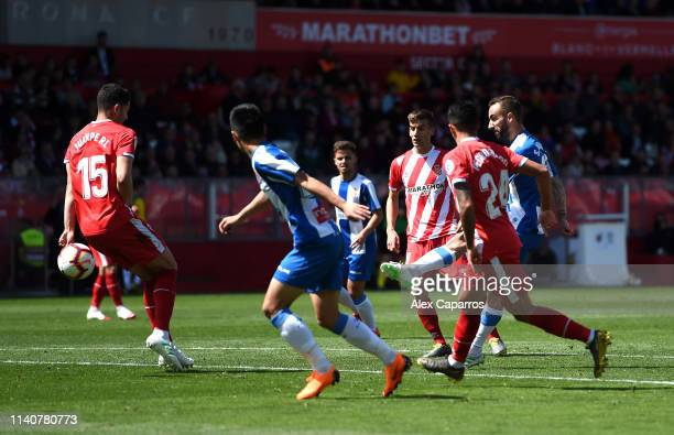 Sergi Darder Moll of RCD Espanyol scores his team's first goal during the La Liga match between Girona FC and RCD Espanyol at Montilivi Stadium on...