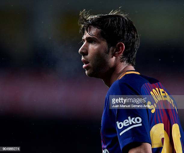 Sergi Roberto Carnicer of FC Barcelona reacts during the La Liga match between Real Sociedad and FC Barcelona at Estadio Anoeta on January 14 2018 in...