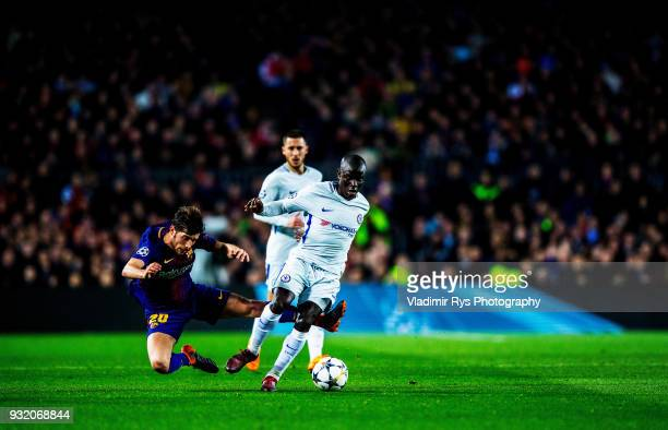 Sergi Roberto of Barcelona and N'Golo Kante of Chelsea battle for the ball during the UEFA Champions League Round of 16 second leg match between FC...
