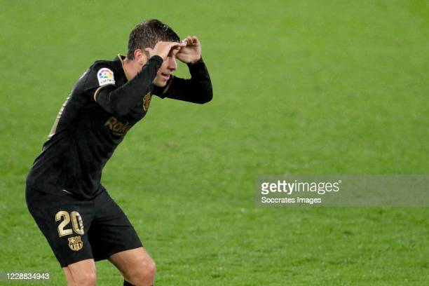 Sergi Roberto of FC Barcelona celebrates 03 during the La Liga Santander match between Celta de Vigo v FC Barcelona at the Estadio de Balaidos on...