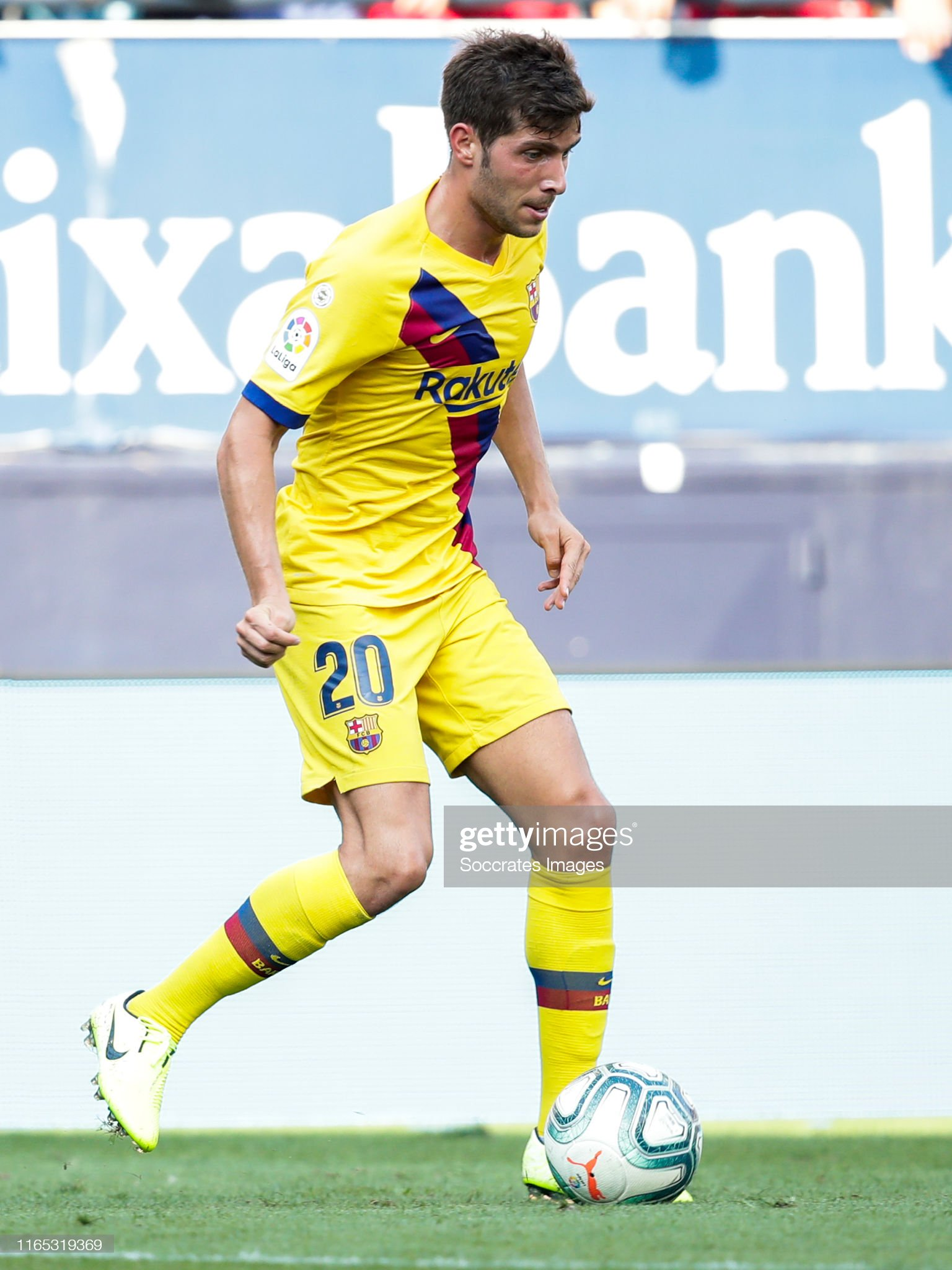 صور مباراة : أوساسونا - برشلونة 2-2 ( 31-08-2019 )  Sergi-roberto-of-fc-barcelona-during-the-la-liga-santander-match-v-picture-id1165319369?s=2048x2048