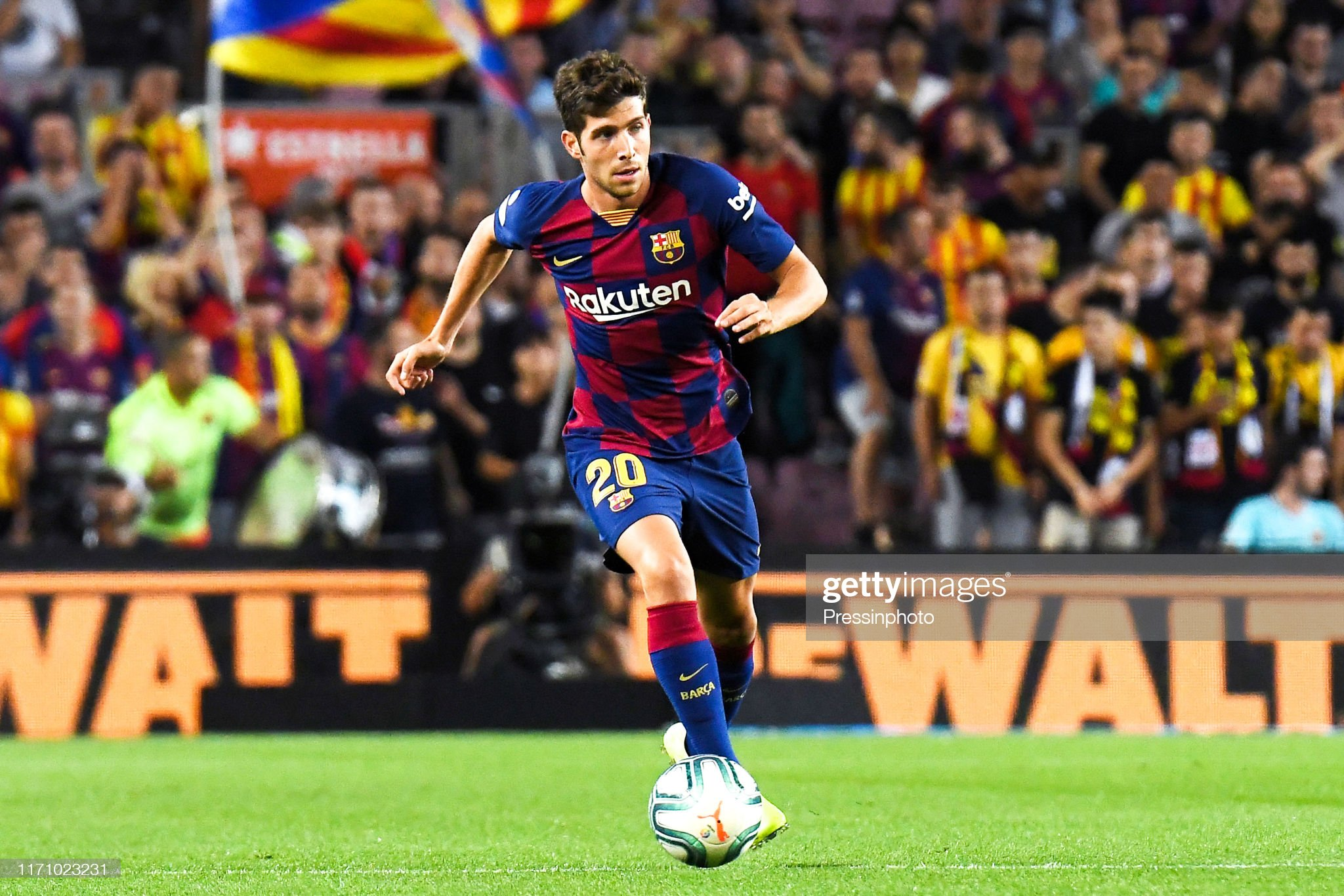 صور مباراة : برشلونة - فياريال 2-1 ( 24-09-2019 )  Sergi-roberto-of-fc-barcelona-during-the-liga-match-between-barcelona-picture-id1171023231?s=2048x2048