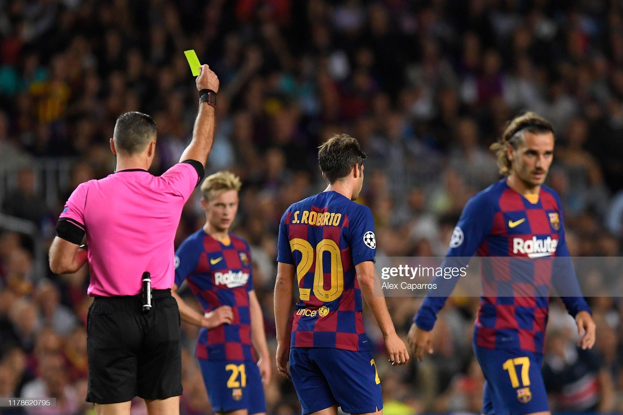 صور مباراة : برشلونة - إنتر 2-1 ( 02-10-2019 )  Sergi-roberto-of-fc-barcelona-is-shown-a-yellow-card-during-the-uefa-picture-id1178620795?s=2048x2048