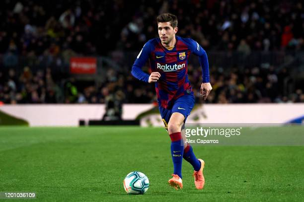 Sergi Roberto of FC Barcelona runs with the ball during the Liga match between FC Barcelona and Granada CF at Camp Nou on January 19, 2020 in...