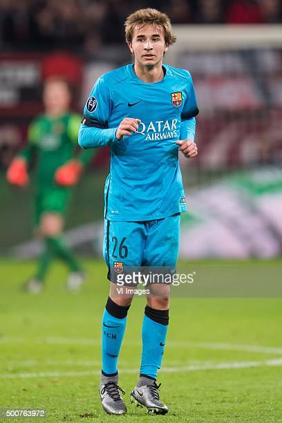 Sergi Samper of FC Barcelona during the UEFA Champions League match between Bayer 04 Leverkusen and FC Barcelona on December 9 2015 at the BayArena...