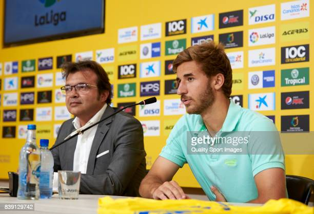 Sergi Samper of Las Palmas faces the media during his presentation as a new player for UD Las Palmas at Estadio Gran Canaria on August 25 2017 in Las...
