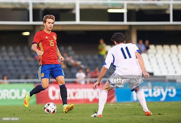 Sergi Samper of Spain U21 and Zafferini of San Marino U21 during the UEFA Euro U21 2017 Qualifiers match at Nou Estadi Castlia Castellon de la Plana