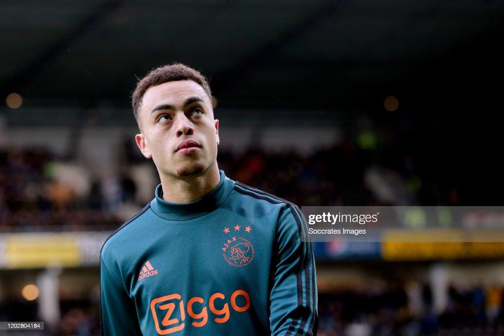 Heracles Almelo v Ajax - Dutch Eredivisie : News Photo