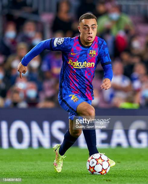 Sergino Dest of FC Barcelona runs with the ball during the UEFA Champions League group E match between FC Barcelona and Dinamo Kiev at Camp Nou on...
