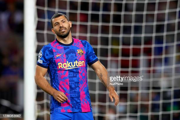 Sergio Aguero of Barcelona lament a failed occasion during the UEFA Champions League group E match between FC Barcelona and Dinamo Kiev at Camp Nou...