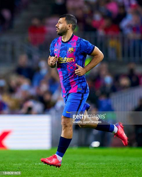 Sergio Aguero of FC Barcelona comes onto the pitch during the UEFA Champions League group E match between FC Barcelona and Dinamo Kiev at Camp Nou on...