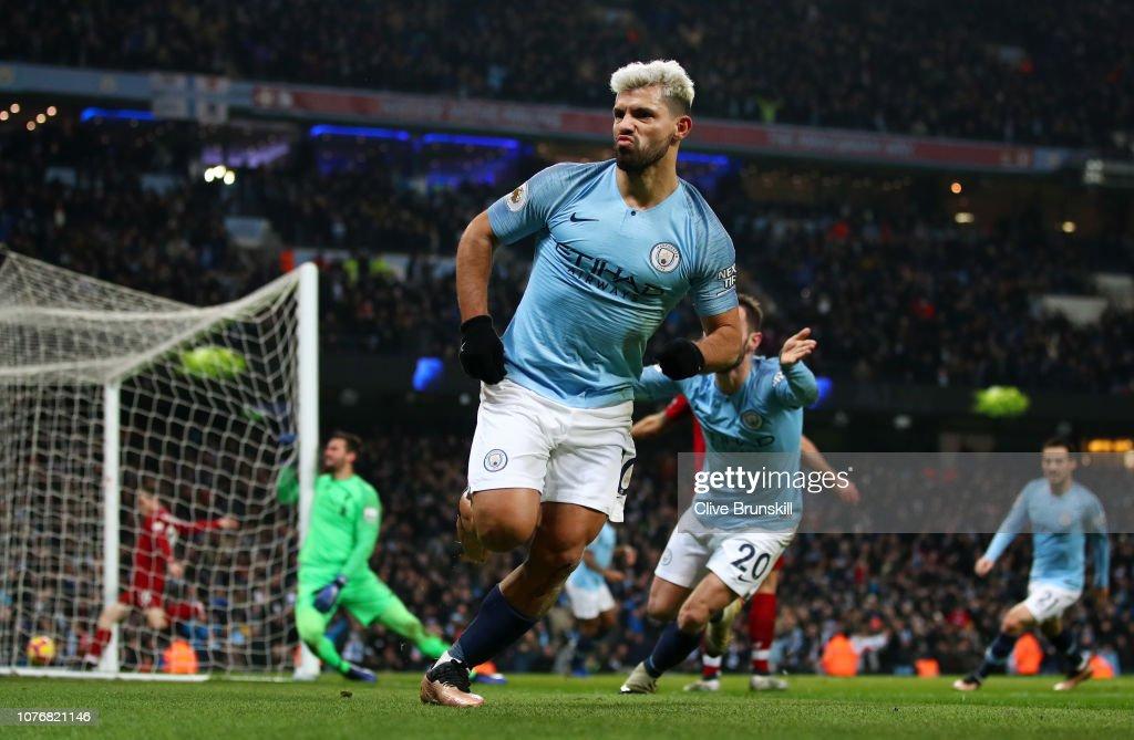 Manchester City v Liverpool FC - Premier League : Foto di attualità