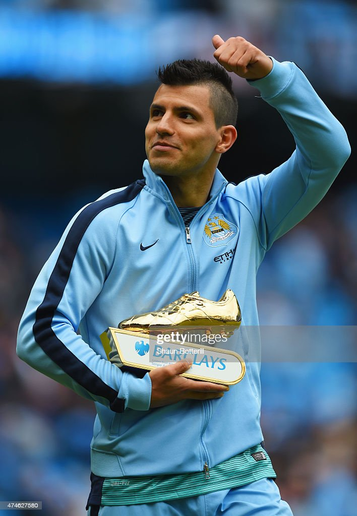 Sergio Aguero of Manchester City holding the golden boots trophy waves to supporters after the Barclays Premier League match between Manchester City and Southampton at Etihad Stadium on May 24, 2015 in Manchester, England.