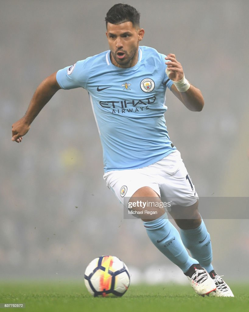 Sergio Aguero of Manchester City in action during the Premier League match between Manchester City and Everton at Etihad Stadium on August 21, 2017 in Manchester, England.