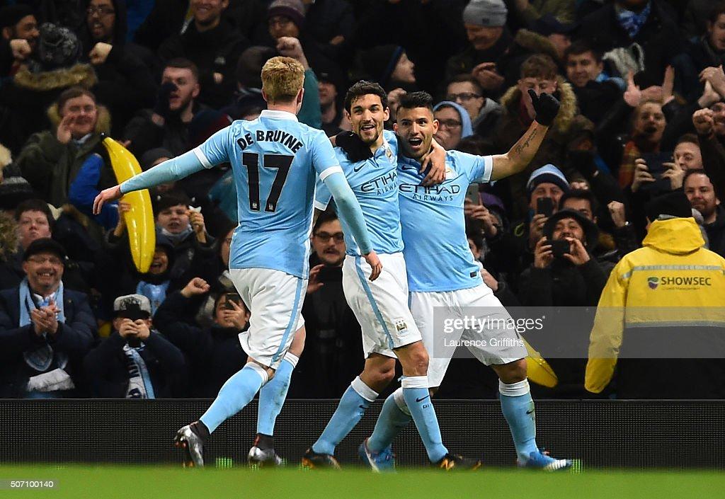 Manchester City v Everton - Capital One Cup Semi Final: Second Leg : News Photo