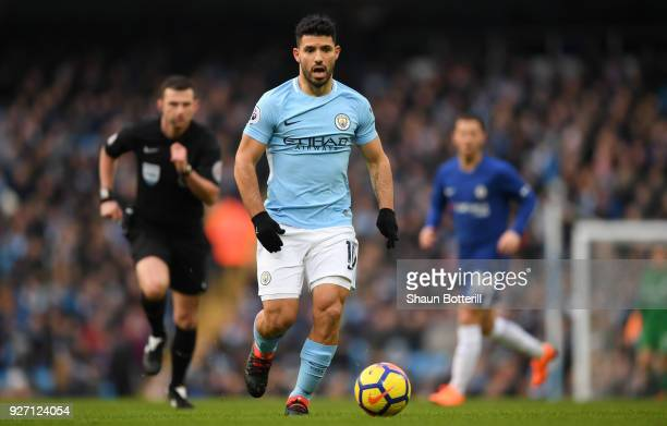 Sergio Aguero of Manchester City runs with the ball during the Premier League match between Manchester City and Chelsea at Etihad Stadium on March 4...