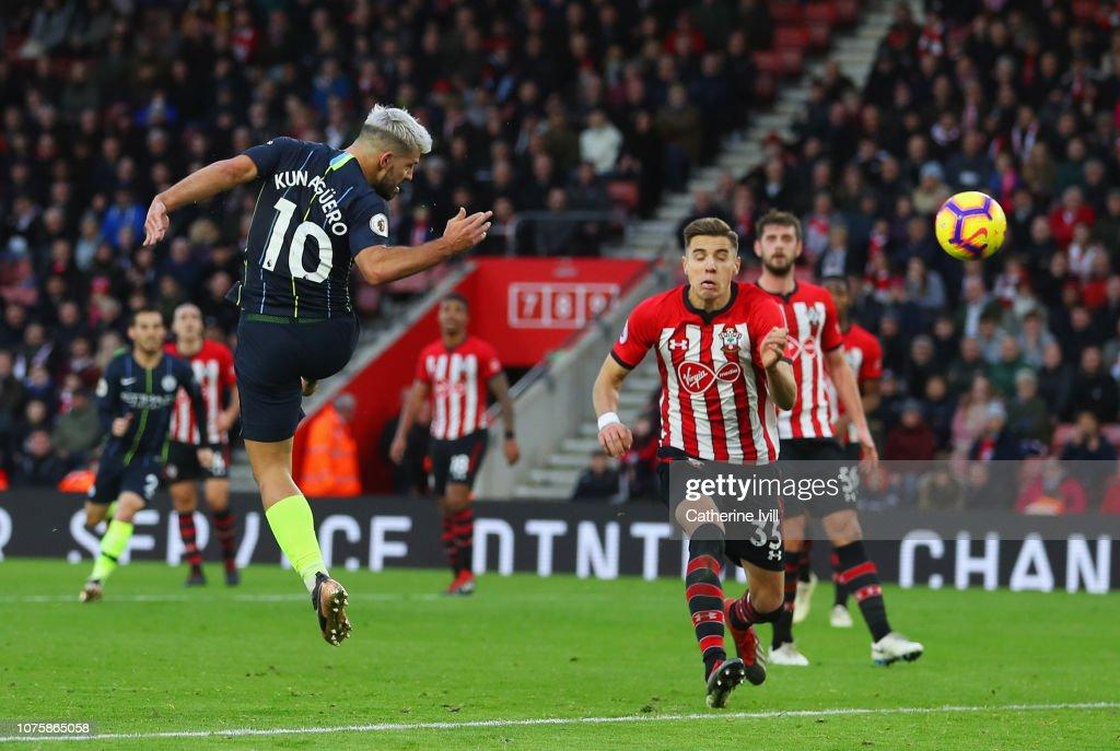 Southampton FC v Manchester City - Premier League : Nachrichtenfoto