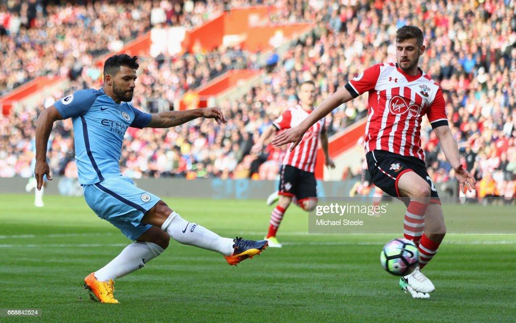 Southampton v Manchester City - Premier League : News Photo