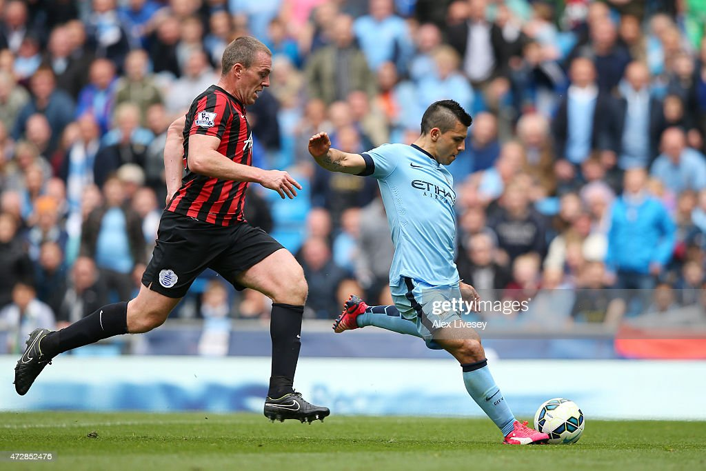 Manchester City v Queens Park Rangers - Premier League : News Photo