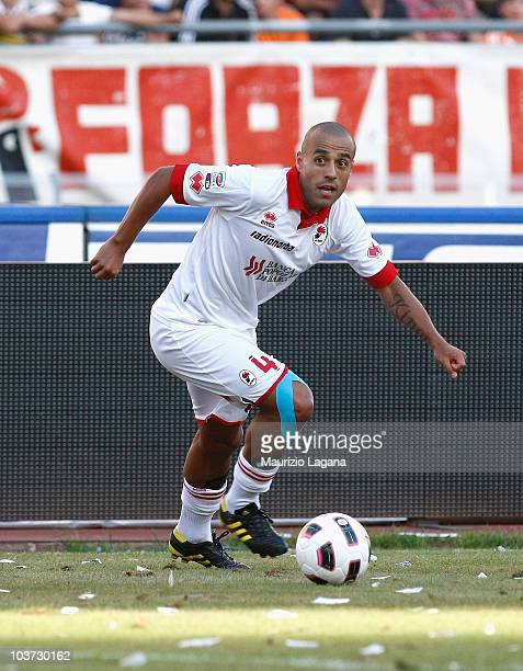 Sergio Almiron of AS Bari during the Serie A match between Bari and Juventus at Stadio San Nicola on August 29 2010 in Bari Italy