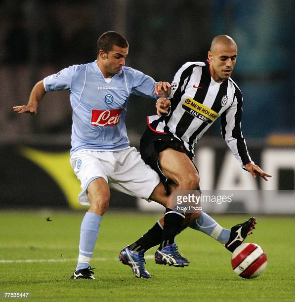 Sergio Almiron of Juventus in action during the Serie A match between Juventus and Napoli at San Paolo stadium October 27 2007 in Napoli Italy