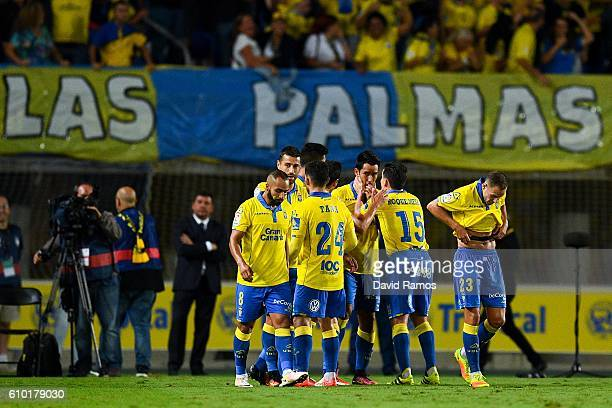Sergio Araujo of UD Las Palmas celebrates with his team mates after scoring his team's second goal during the La Liga match between UD Las Palmas and...