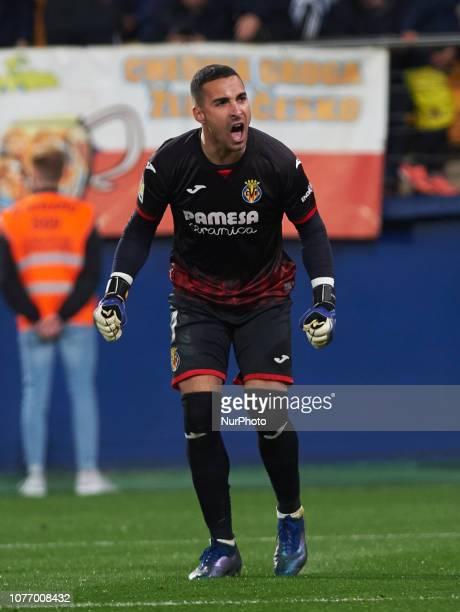 Sergio Asenjo of Villarreal CF celebrates a goal during the La Liga match between Villarreal CF and Real Madrid at La Ceramica Stadium on Jenuary 3...