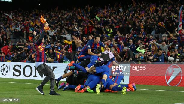 Sergio Busquets of FC Barcelona and teammates celebrate winning the UEFA Champions League Round of 16 second leg match between FC Barcelona and Paris...
