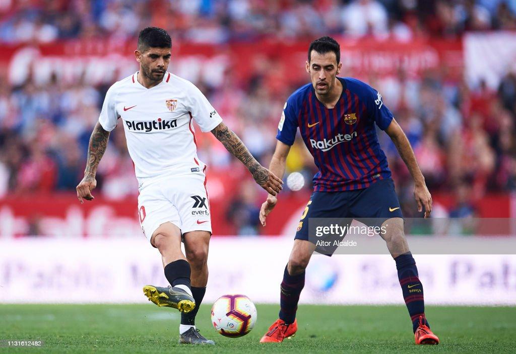 Sevilla FC v FC Barcelona - La Liga : Nachrichtenfoto