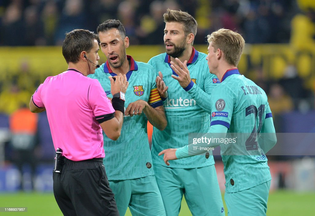 Borussia Dortmund v FC Barcelona: Group F - UEFA Champions League : News Photo