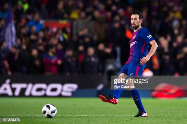 Sergio Busquets of FC Barcelona plays the ball during the Copa del Rey semifinal first leg match between FC Barcelona and Valencia CF at Camp Nou on...