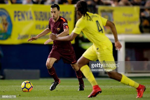 Sergio Busquets of FC Barcelona Ruben Semedo of Villarreal during the Spanish Primera Division match between Villarreal v FC Barcelona at the Estadio...